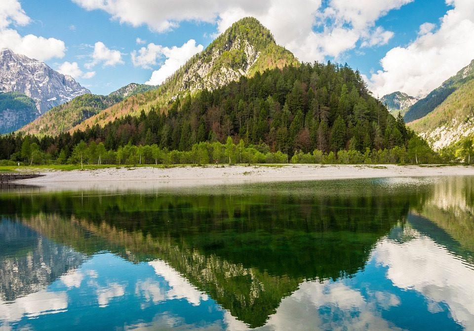 jasna-lake-2165622_960_720
